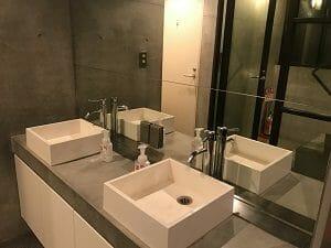 カンガルーホテルの洗面台
