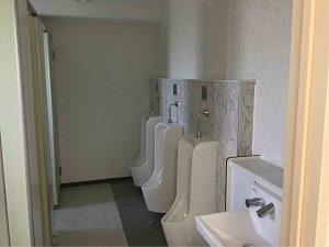 パレスジャパンの男性用トイレ