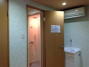 ビジネスホテル加賀のシャワールーム