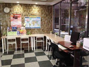 ビジネスホテル加賀フロント奥の作業スペース
