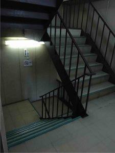 ビジネスホテル太洋には階段が併設