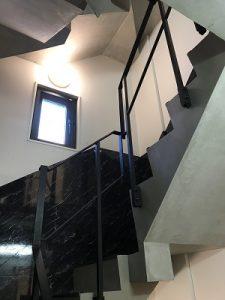 カンガルーホテルSIDE_Bの階段
