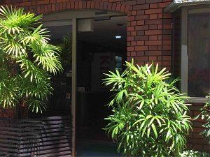 ホテル日光館の入口
