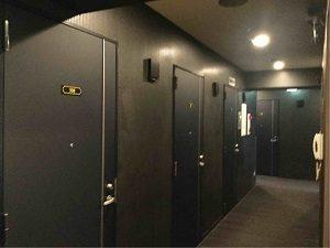 丸忠チェントロの客室フロア廊下