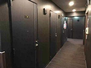 丸忠チェントロの客室フロア廊下2