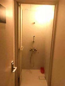 1980円ホテルのシャワールーム