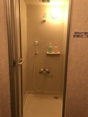 ビジネスホテルJステーションのシャワールーム