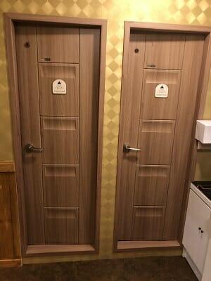 東京SA旅館の共用シャワールームは2室