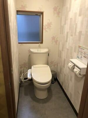 東京SA旅館の共用トイレ内
