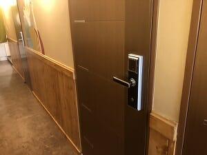東京SA旅館の客室の解錠はカードキー