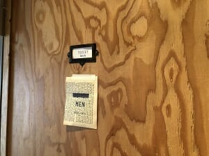 BookandBedTokyo浅草店のシャワーとトイレは男女で別れる